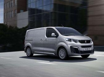 Annuario Trucks & Vans e PSA: presente e futuro dei veicoli commerciali
