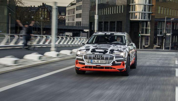 Audi E-Tron, in vendita da fine 2018, è sviluppata nella Gabbia di Faraday - Foto 19 di 26