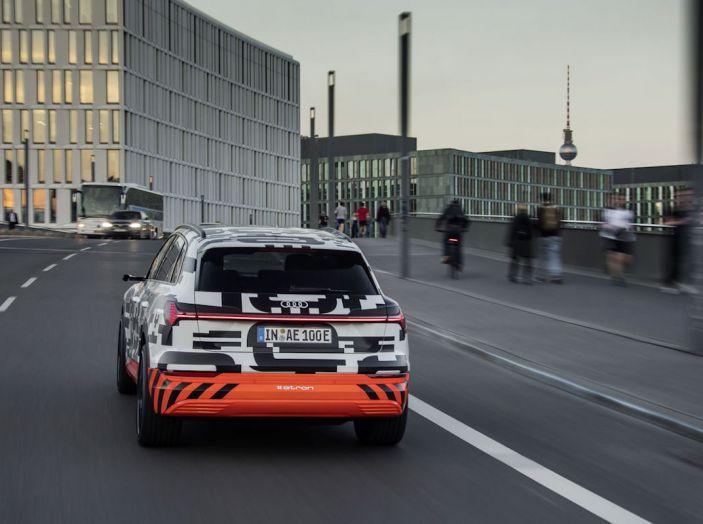 Audi E-Tron, in vendita da fine 2018, è sviluppata nella Gabbia di Faraday - Foto 20 di 26