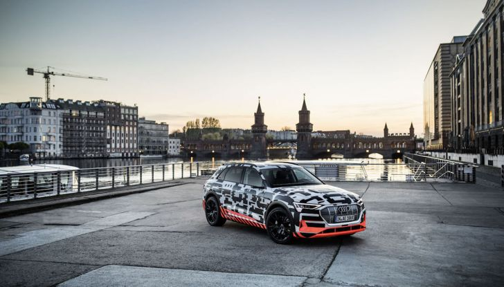 Audi E-Tron, in vendita da fine 2018, è sviluppata nella Gabbia di Faraday - Foto 22 di 26