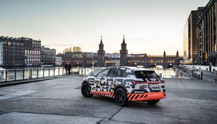 Audi E-Tron, in vendita da fine 2018, è sviluppata nella Gabbia di Faraday - Foto 23 di 26