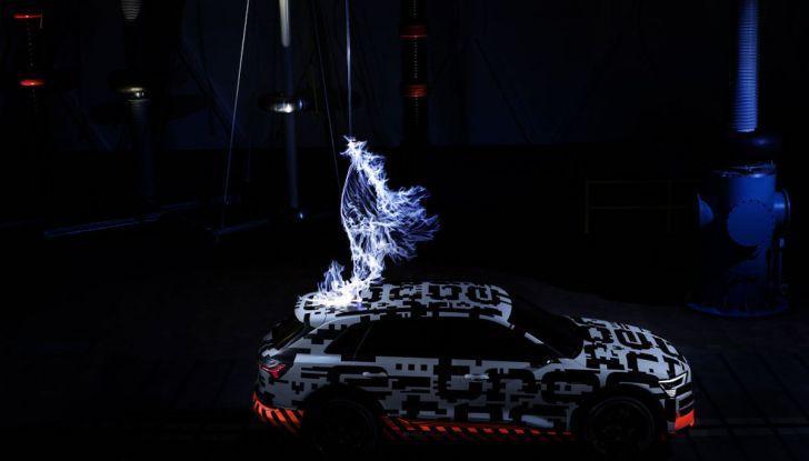 Audi E-Tron, in vendita da fine 2018, è sviluppata nella Gabbia di Faraday - Foto 26 di 26