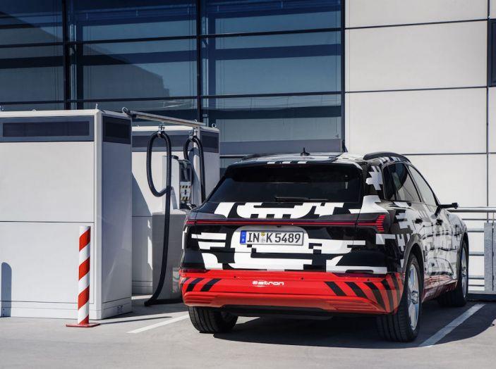 Audi E-Tron, in vendita da fine 2018, è sviluppata nella Gabbia di Faraday - Foto 6 di 26