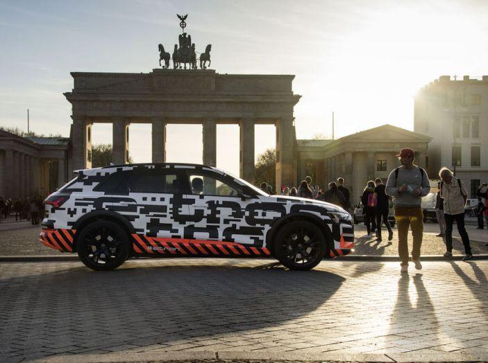 Audi E-Tron, in vendita da fine 2018, è sviluppata nella Gabbia di Faraday - Foto 8 di 26