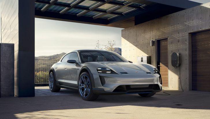Ricerca UNRAE: un italiano su due vorrebbe acquistare un'auto elettrica - Foto 2 di 13