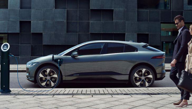 Ricerca UNRAE: un italiano su due vorrebbe acquistare un'auto elettrica - Foto 8 di 13