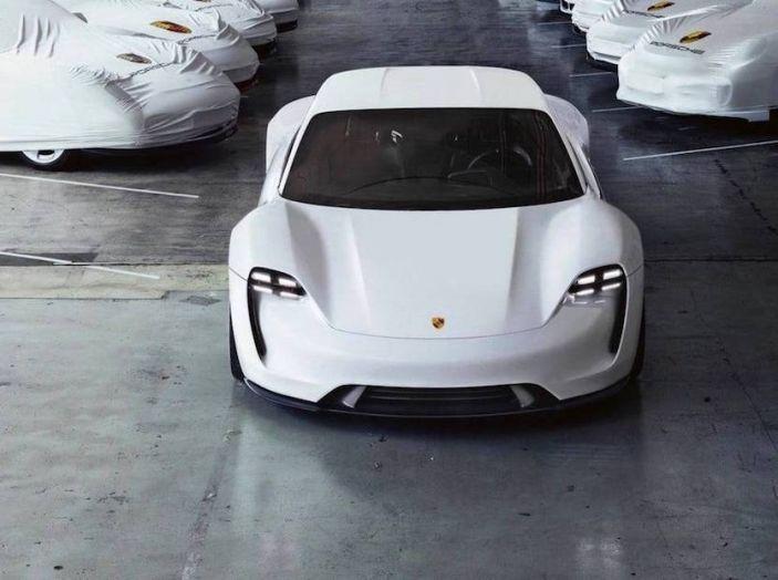Ricerca UNRAE: un italiano su due vorrebbe acquistare un'auto elettrica - Foto 12 di 13