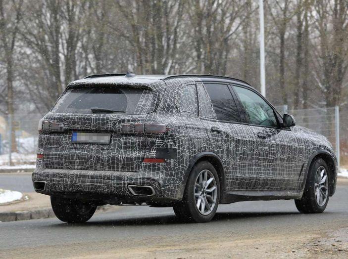 BMW X5, la quarta generazione debutta su strada - Foto 24 di 28
