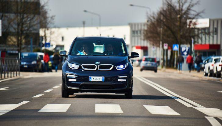 BMW i3 2018, la nostra prova su strada della piccola bavarese - Foto 15 di 21