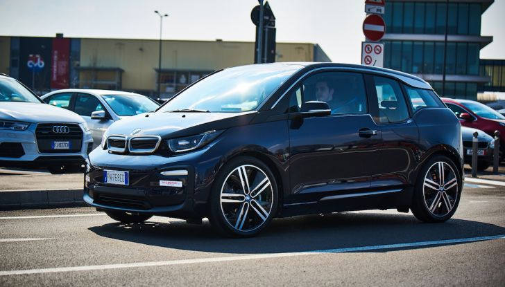 BMW i3 2018, la nostra prova su strada della piccola bavarese - Foto 20 di 21