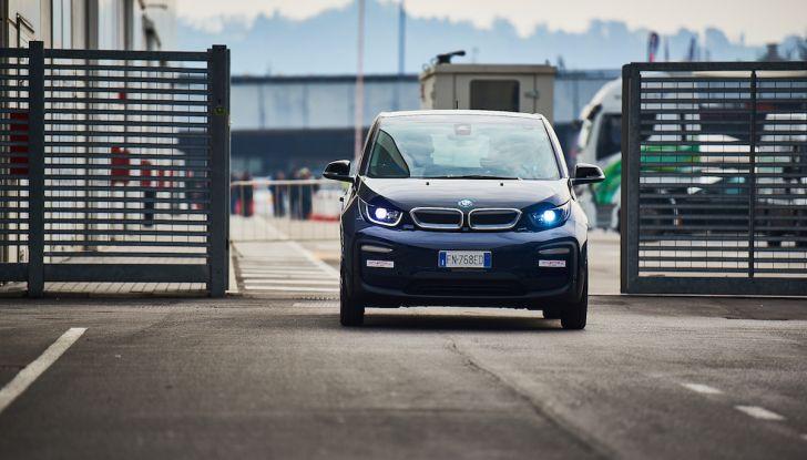 BMW i3 2018, la nostra prova su strada della piccola bavarese - Foto 1 di 21