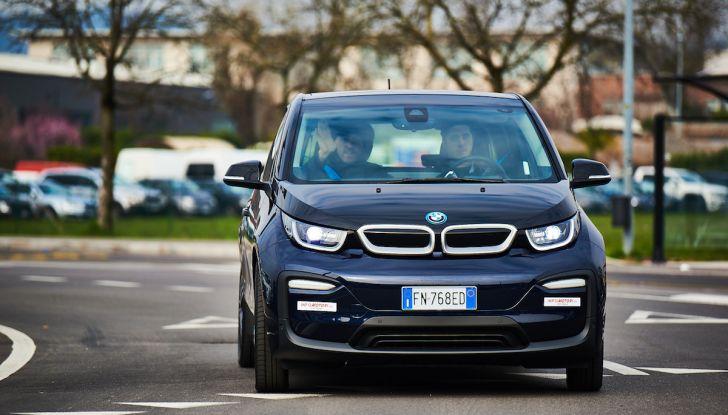BMW i3 2018, la nostra prova su strada della piccola bavarese - Foto 2 di 21
