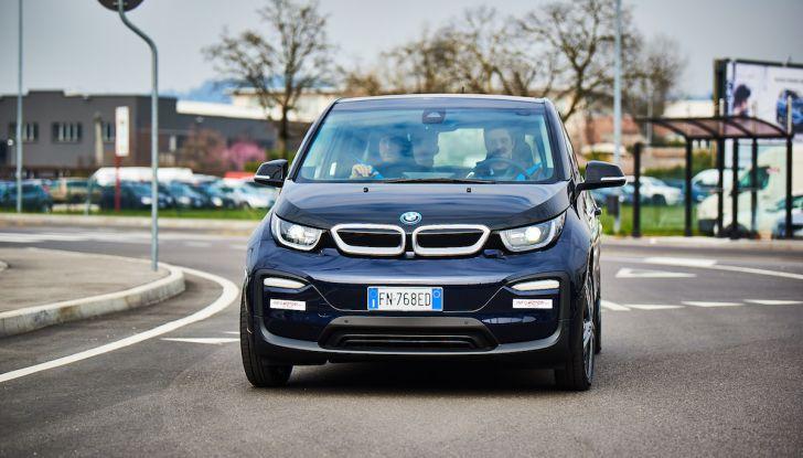 BMW i3 2018, la nostra prova su strada della piccola bavarese - Foto 11 di 21
