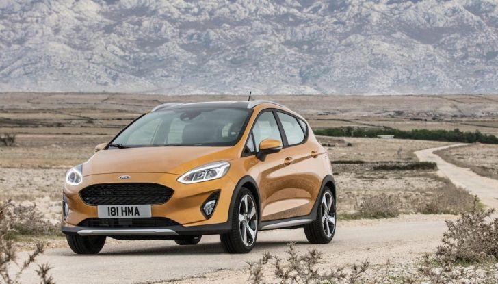 Le auto più comprate in Italia? A vincere tra le straniere è Ford Fiesta - Foto 2 di 25