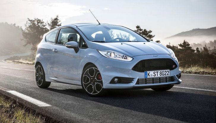 Le auto più comprate in Italia? A vincere tra le straniere è Ford Fiesta - Foto 11 di 25