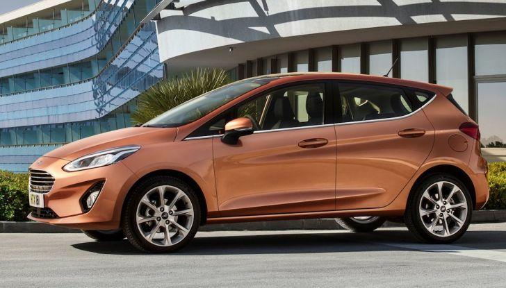 Le auto più comprate in Italia? A vincere tra le straniere è Ford Fiesta - Foto 14 di 25