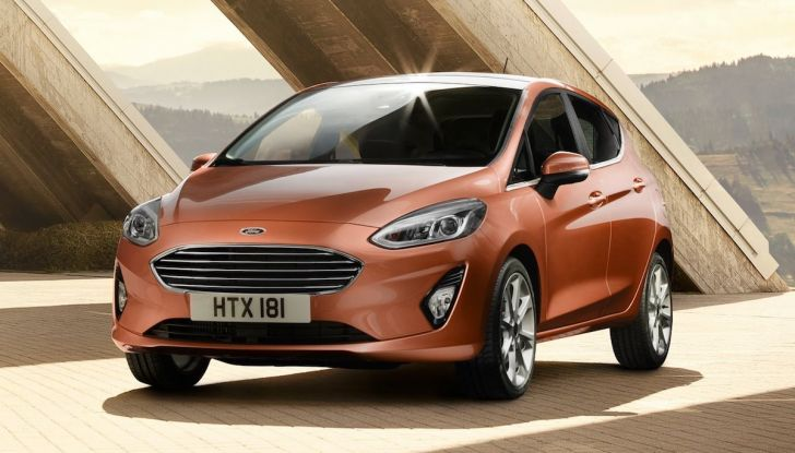 Le auto più comprate in Italia? A vincere tra le straniere è Ford Fiesta - Foto 15 di 25