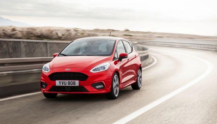 Le auto più comprate in Italia? A vincere tra le straniere è Ford Fiesta - Foto 17 di 25