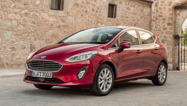 Le auto più comprate in Italia? A vincere tra le straniere è Ford Fiesta - Foto 19 di 25