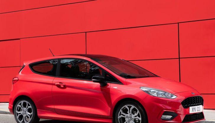 Le auto più comprate in Italia? A vincere tra le straniere è Ford Fiesta - Foto 21 di 25