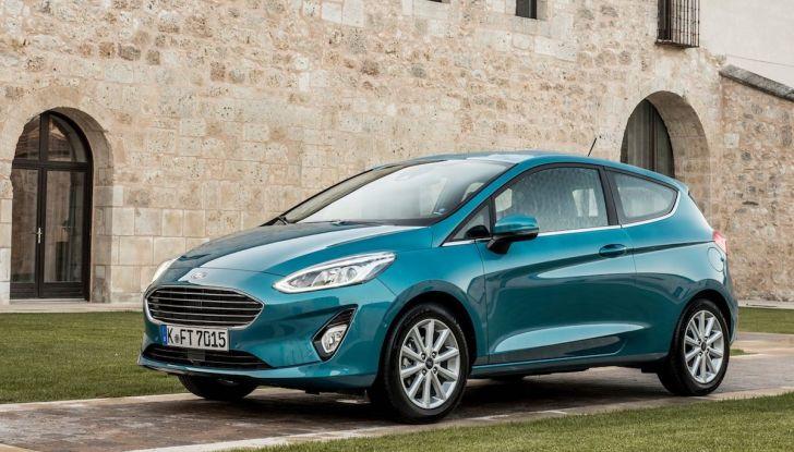 Le auto più comprate in Italia? A vincere tra le straniere è Ford Fiesta - Foto 1 di 25