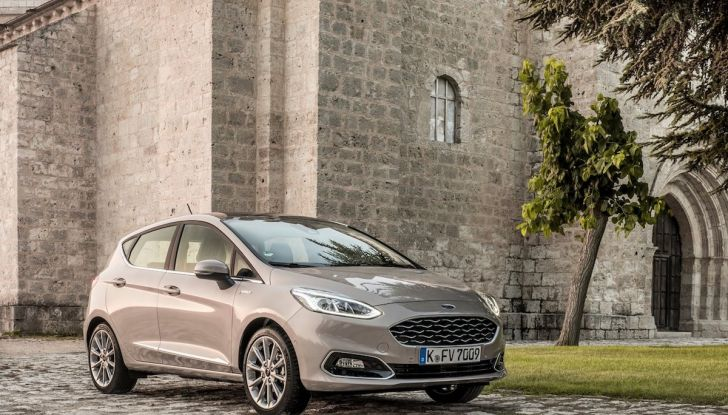 Le auto più comprate in Italia? A vincere tra le straniere è Ford Fiesta - Foto 23 di 25