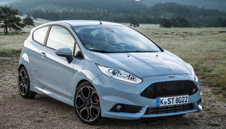 Le auto più comprate in Italia? A vincere tra le straniere è Ford Fiesta - Foto 8 di 25