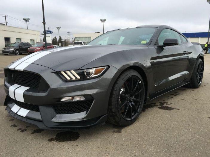 Ford Mustang è la vettura sportiva più venduta al mondo - Foto 7 di 9
