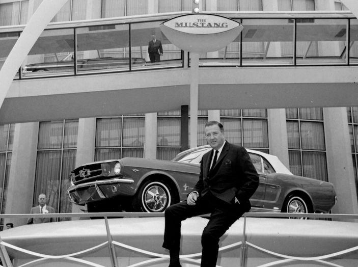 Ford Mustang è la vettura sportiva più venduta al mondo - Foto 5 di 9