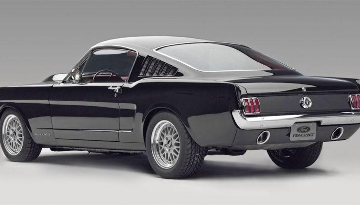 Ford Mustang è la vettura sportiva più venduta al mondo - Foto 6 di 9