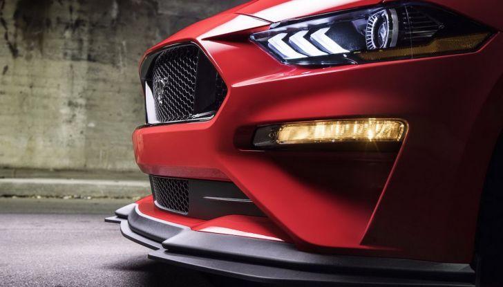 Ford Mustang è la vettura sportiva più venduta al mondo - Foto 3 di 9