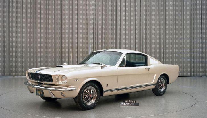 Ford Mustang è la vettura sportiva più venduta al mondo - Foto 9 di 9
