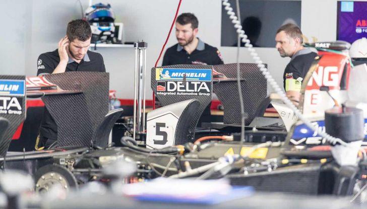 Formula E: gran business, nomi prestigiosi, ma ancora poca autonomia - Foto 19 di 43