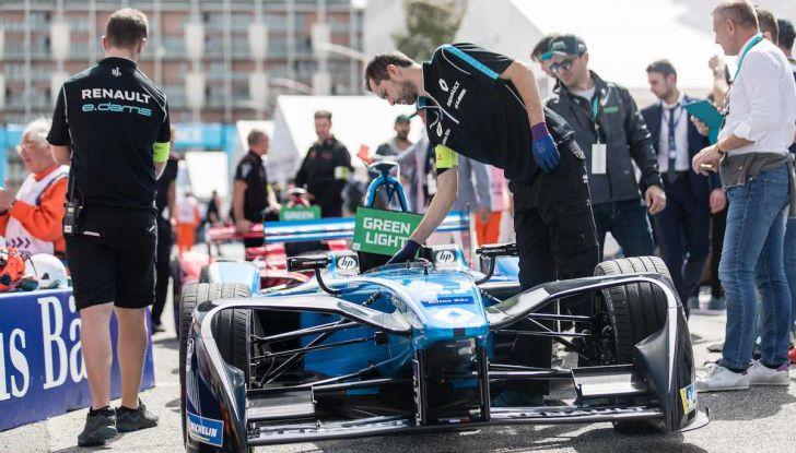 Formula E: gran business, nomi prestigiosi, ma ancora poca autonomia - Foto 22 di 43