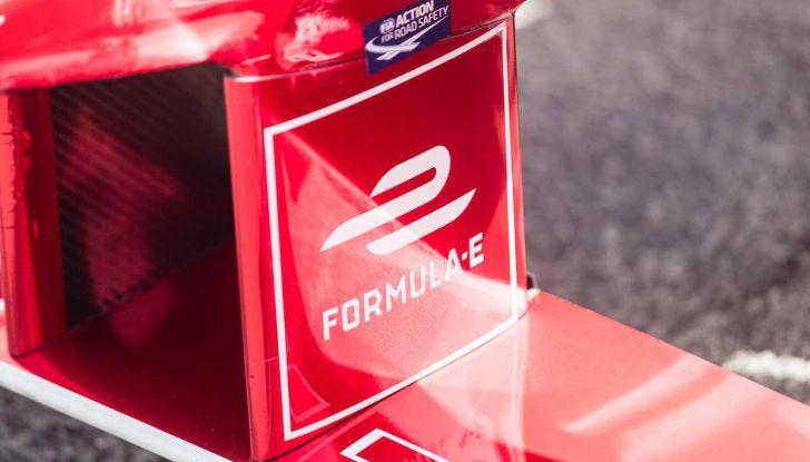 Formula E: gran business, nomi prestigiosi, ma ancora poca autonomia - Foto 23 di 43