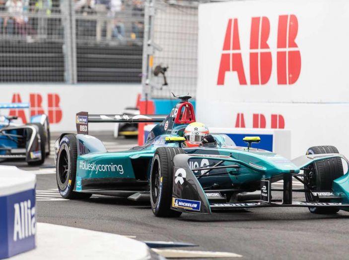 Formula E: gran business, nomi prestigiosi, ma ancora poca autonomia - Foto 39 di 43
