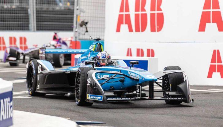 Formula E: gran business, nomi prestigiosi, ma ancora poca autonomia - Foto 40 di 43