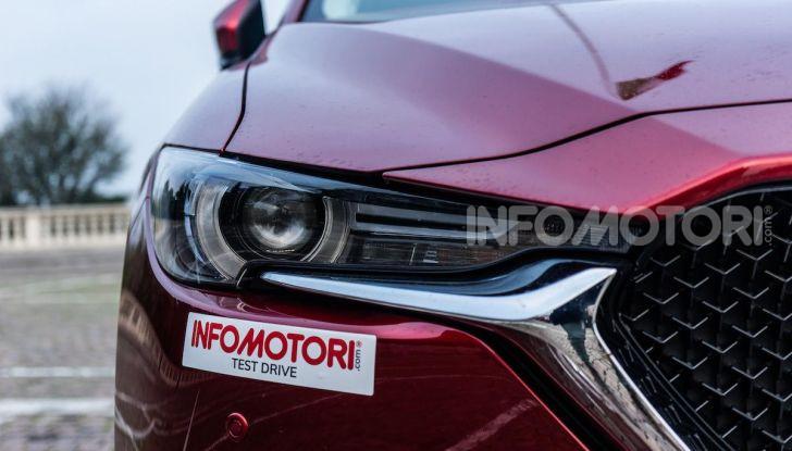 Mazda CX-5 2018, prova su strada: due versioni a confronto - Foto 3 di 34