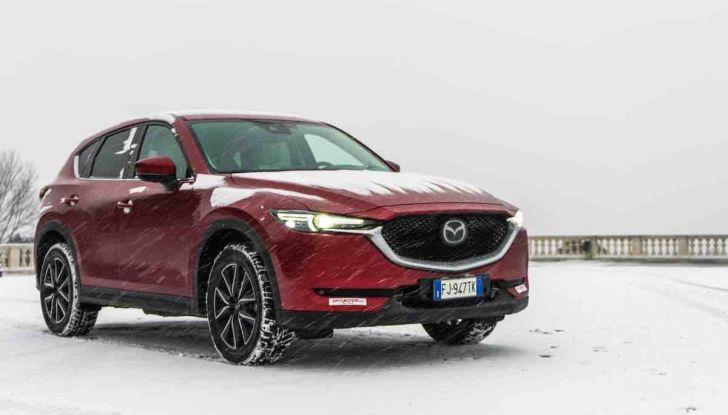 Mazda CX-5 2018, prova su strada: due versioni a confronto - Foto 9 di 34