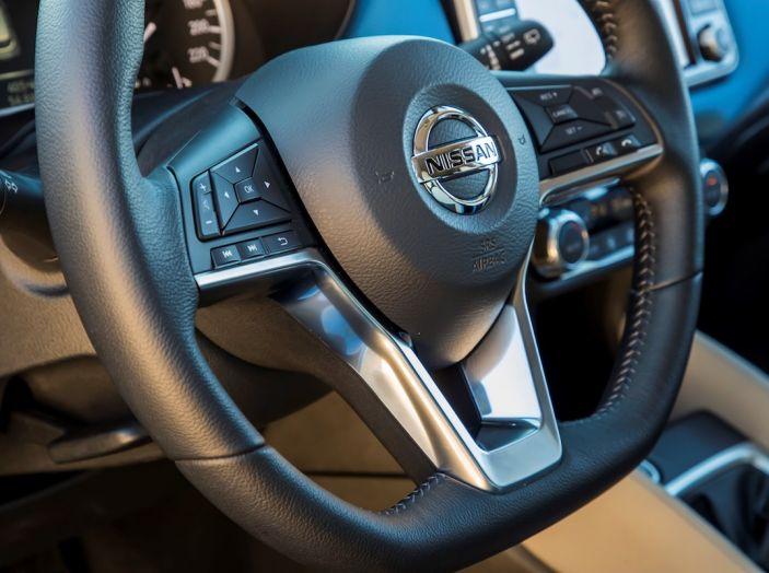 [VIDEO] Prova Nissan Micra 2018 da 71CV: anche per neopatentati! - Foto 27 di 28