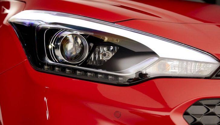 Hyundai i20 2018: più colore, nuovi motori e aggiornamenti tecnologici - Foto 13 di 14