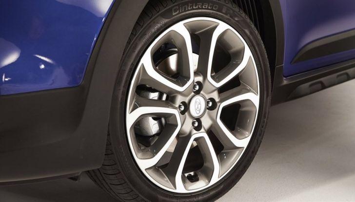 Hyundai i20 2018: più colore, nuovi motori e aggiornamenti tecnologici - Foto 4 di 14
