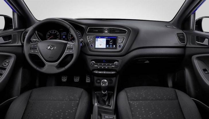 Hyundai i20 2018: più colore, nuovi motori e aggiornamenti tecnologici - Foto 9 di 14
