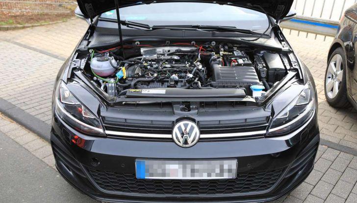 La prossima Volkswagen Golf sarà mild hybrid a 48 Volt - Foto 16 di 19