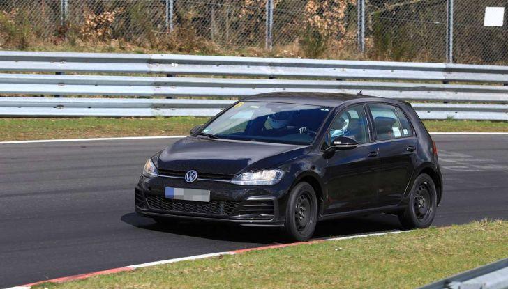 La prossima Volkswagen Golf sarà mild hybrid a 48 Volt - Foto 1 di 19