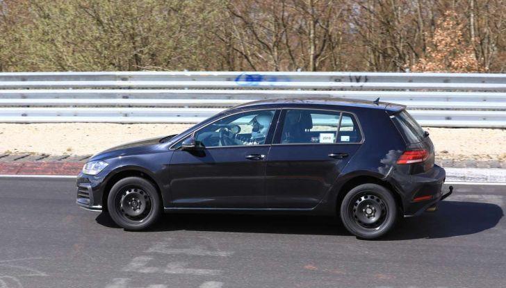 La prossima Volkswagen Golf sarà mild hybrid a 48 Volt - Foto 8 di 19