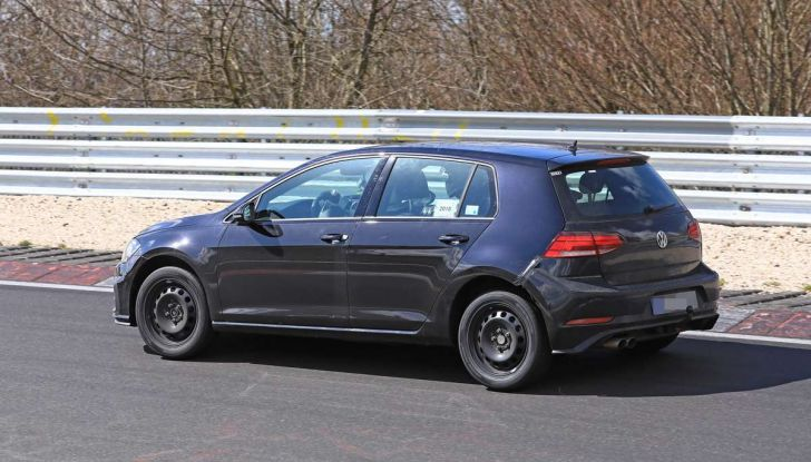 La prossima Volkswagen Golf sarà mild hybrid a 48 Volt - Foto 9 di 19