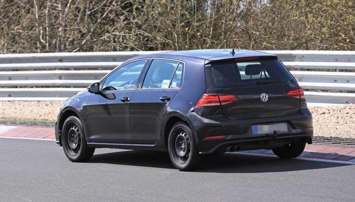 La prossima Volkswagen Golf sarà mild hybrid a 48 Volt - Foto 10 di 19