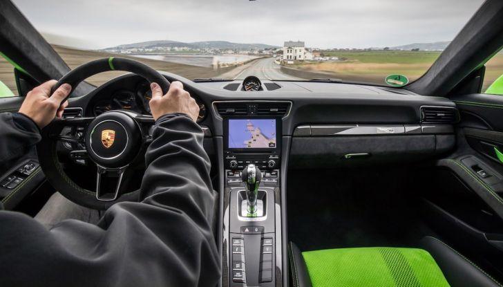 La Porsche e-Carrera Cup Italia: sfida sul simulatore con Assetto Corsa - Foto 6 di 27