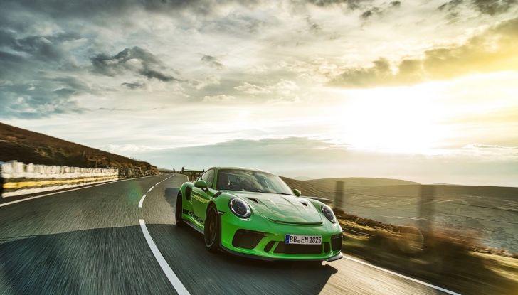 La Porsche e-Carrera Cup Italia: sfida sul simulatore con Assetto Corsa - Foto 17 di 27